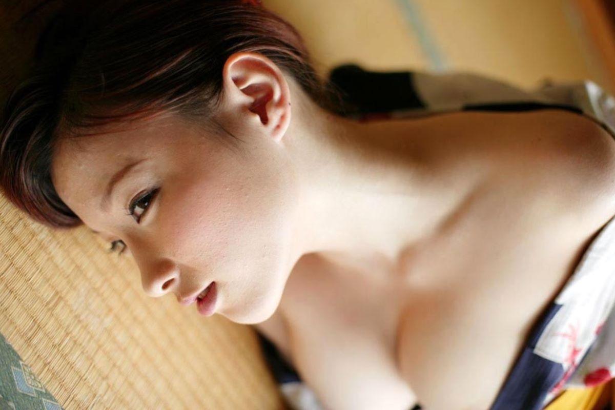 和服美女 鎖骨 エロ画像 23