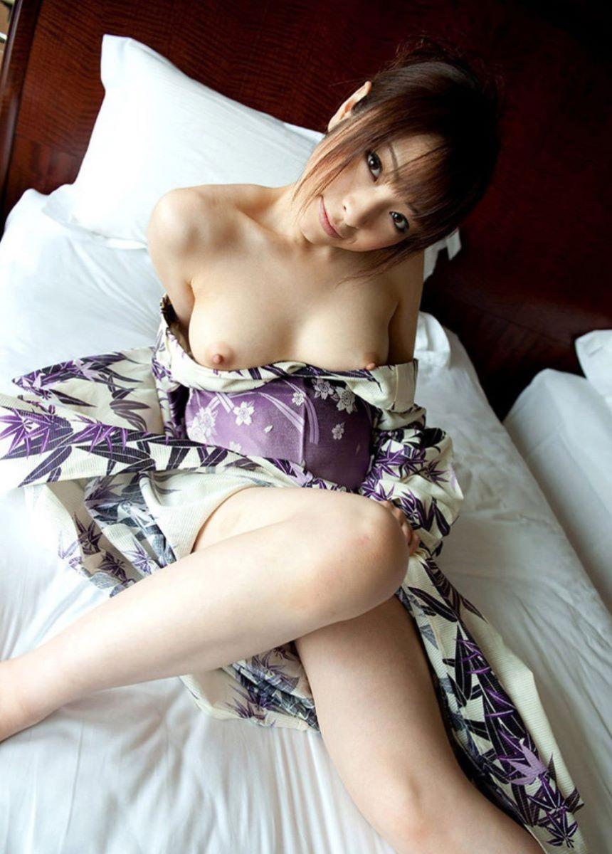 和服美女 鎖骨 エロ画像 42