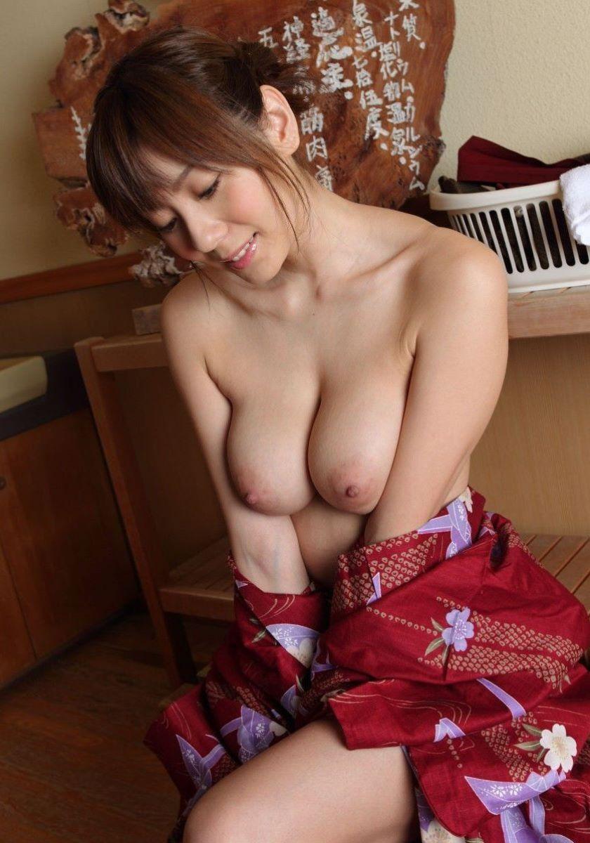 和服美女 鎖骨 エロ画像 65