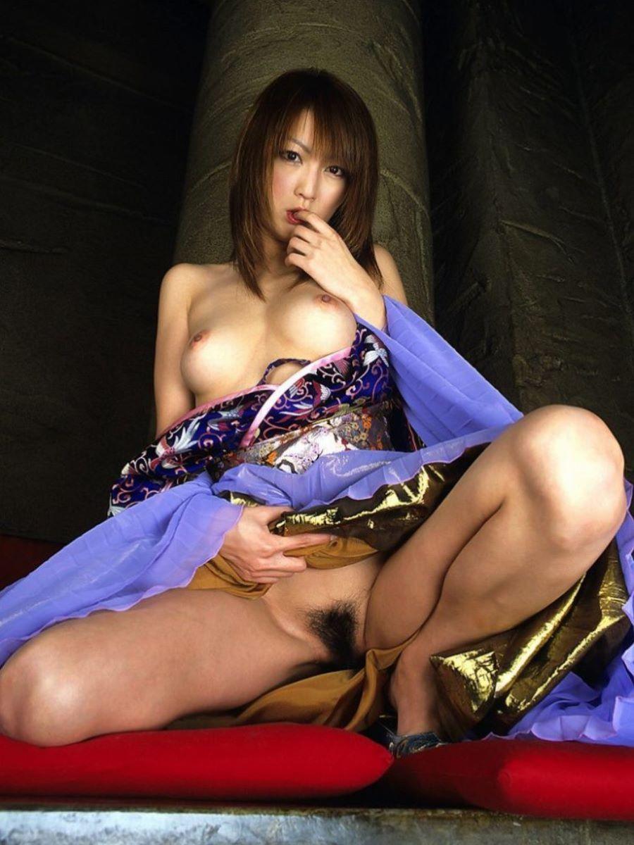 和服美女 鎖骨 エロ画像 90
