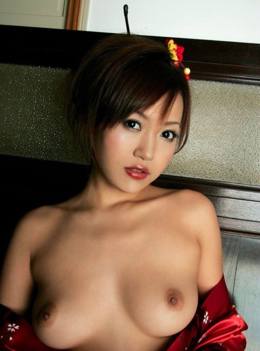 和服美女 鎖骨 エロ画像 110