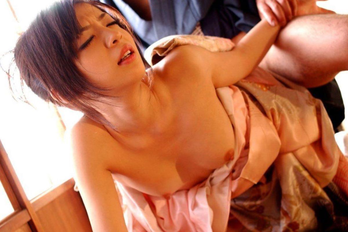 和服美女 鎖骨 エロ画像 120