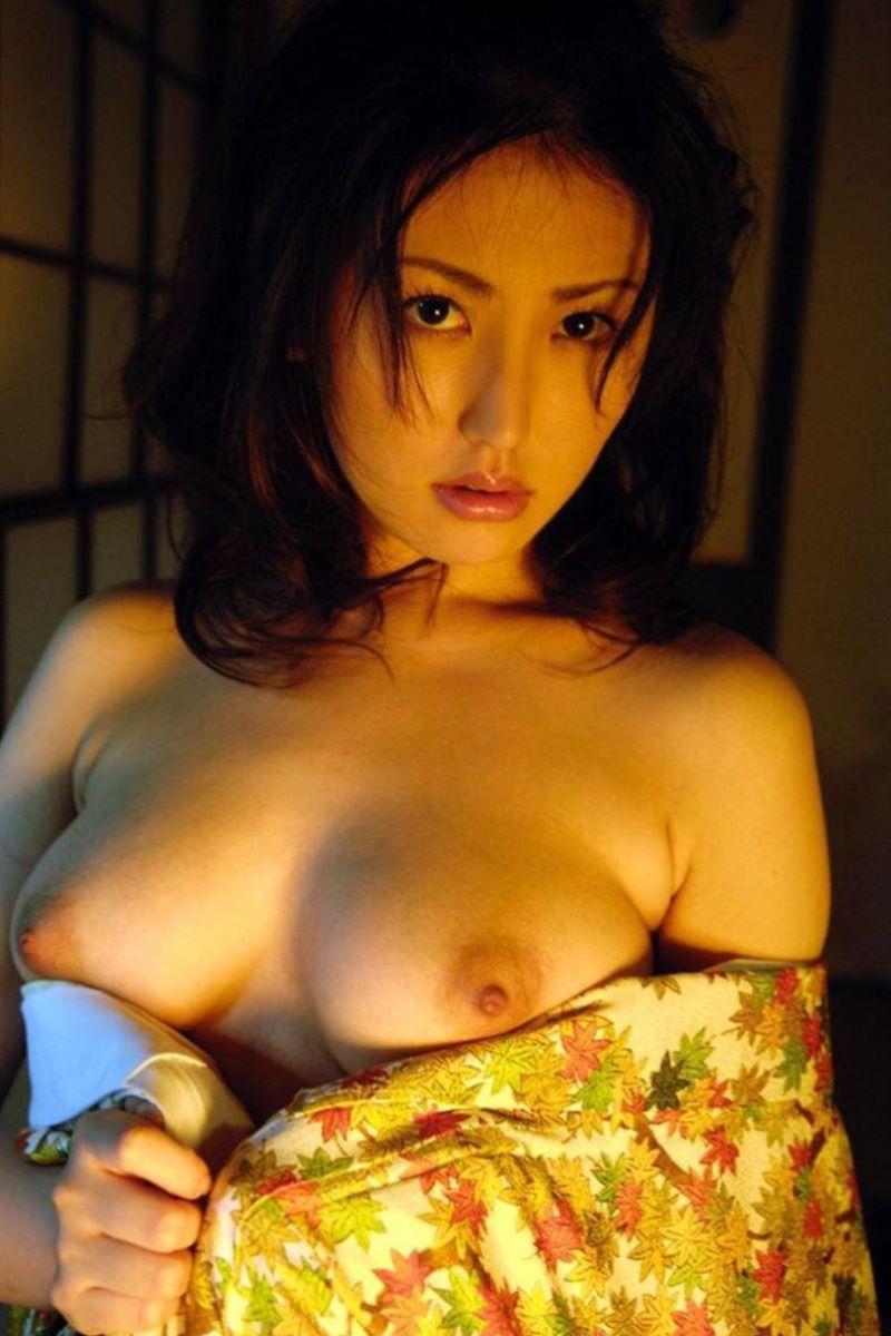和服美女 鎖骨 エロ画像 125