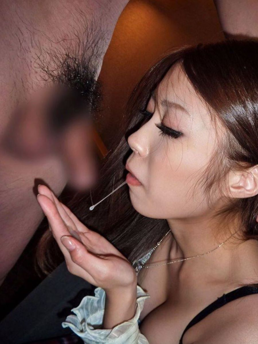 口内射精 エロ画像 83