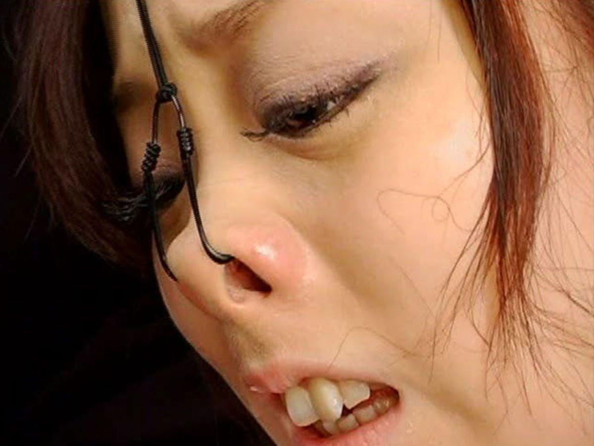鼻フック SM画像 36