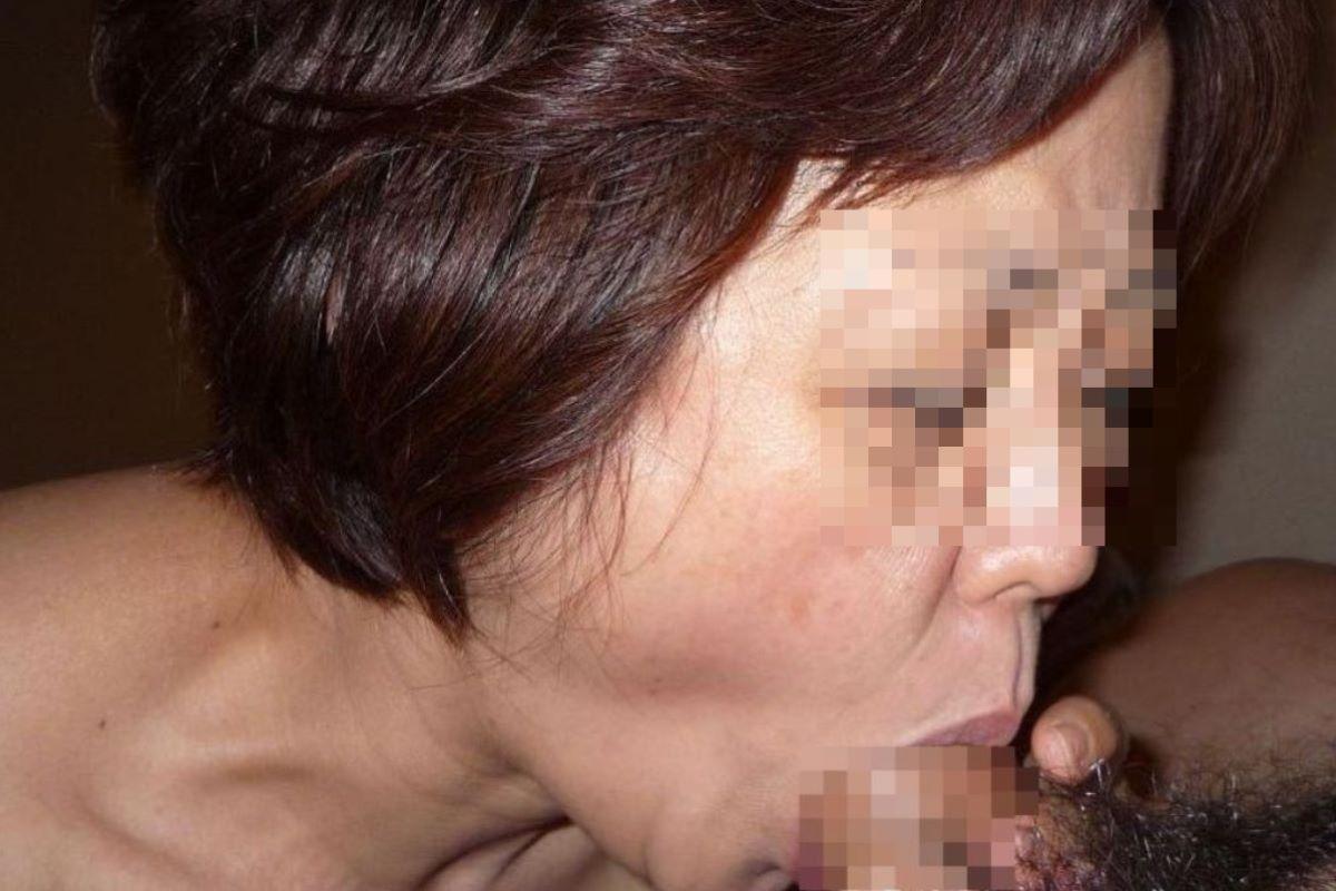 素人 熟女 フェラ画像 29
