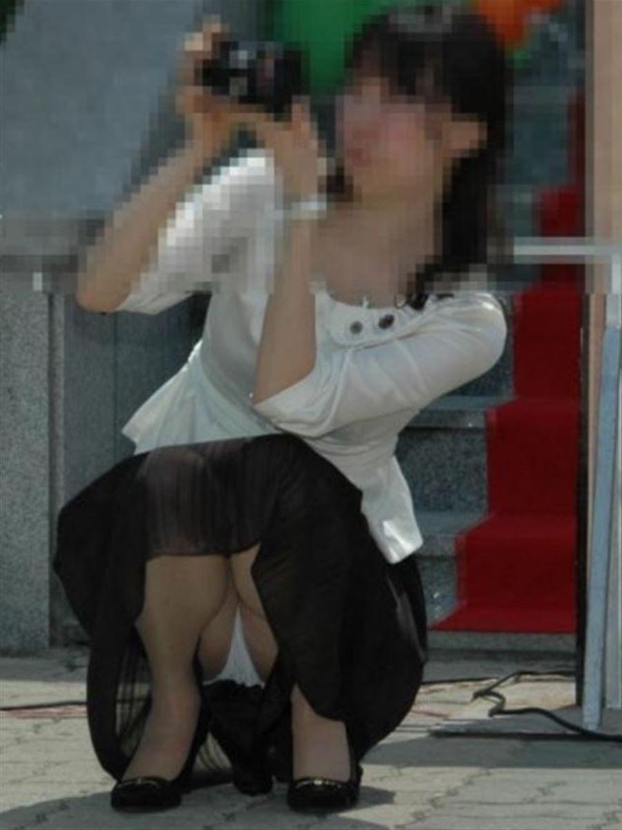 人妻 熟女 パンチラ画像 109