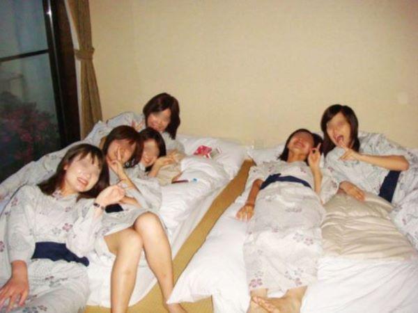 素人ギャル 温泉旅館 浴衣姿 女子旅行 エロ画像 2