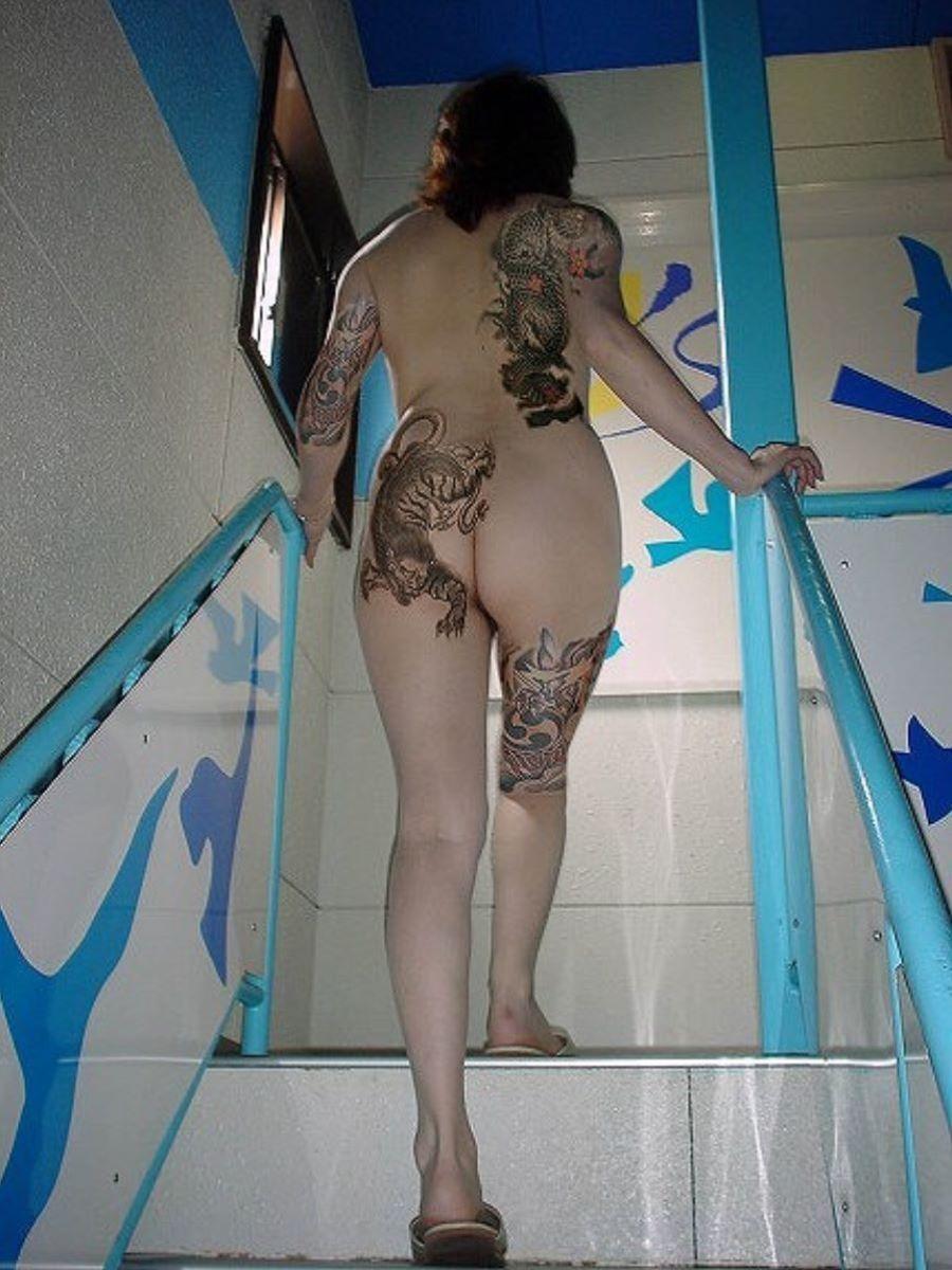 和彫りの刺青エロ画像 19