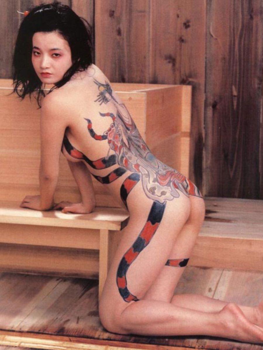 和彫りの刺青エロ画像 24