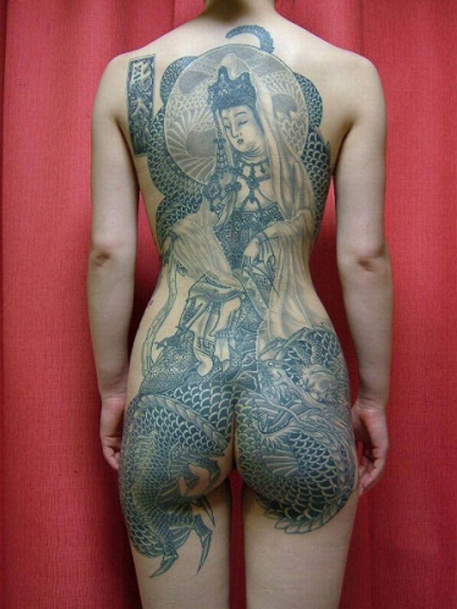 和彫りの刺青エロ画像 36