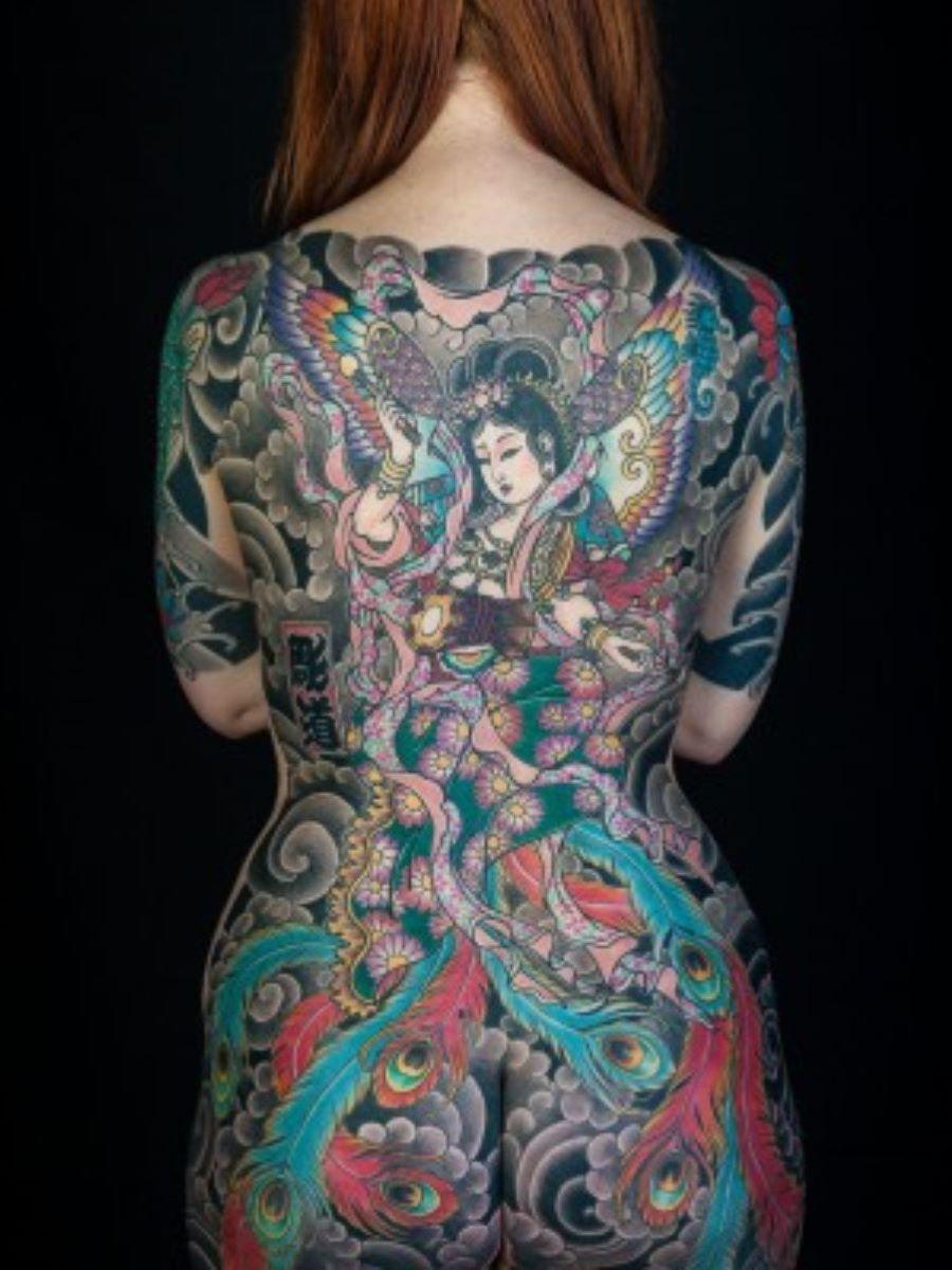 和彫りの刺青エロ画像 45