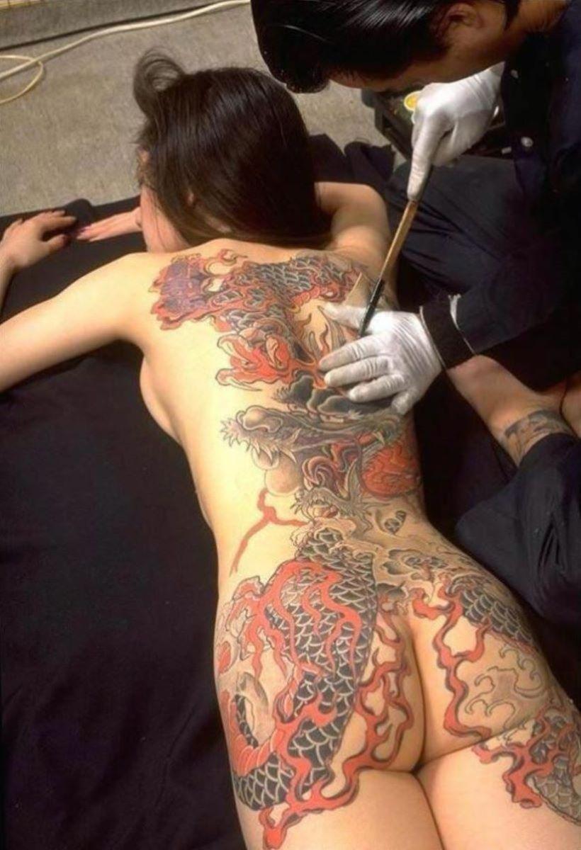 和彫りの刺青エロ画像 48