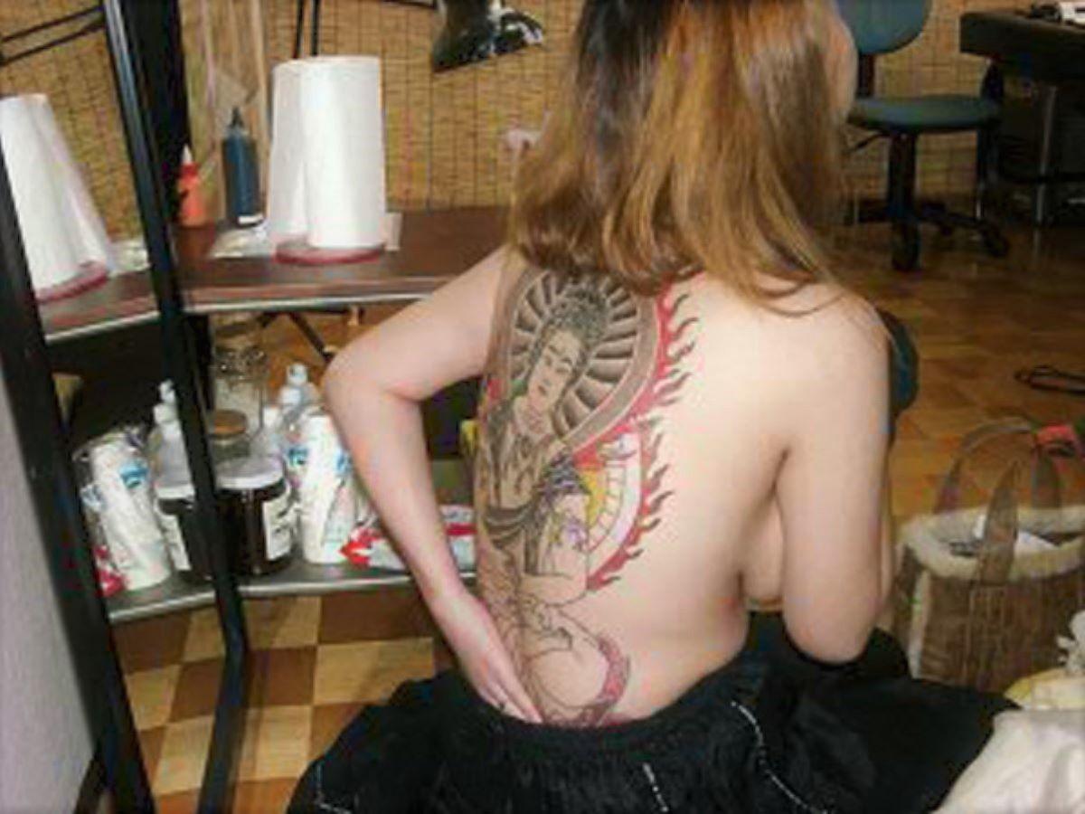 和彫りの刺青エロ画像 55