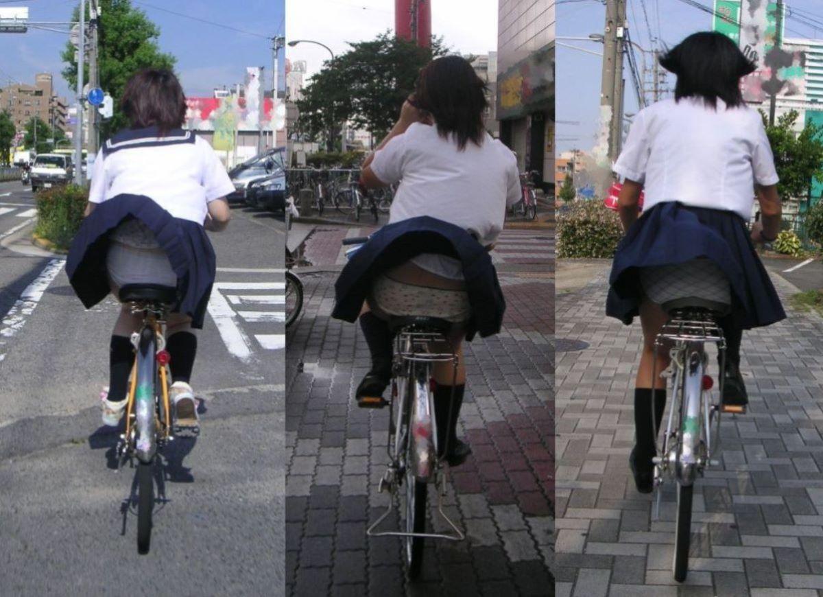 自転車パンチラしちゃう女の子の画像集、チャリ通学・通勤中の奇跡