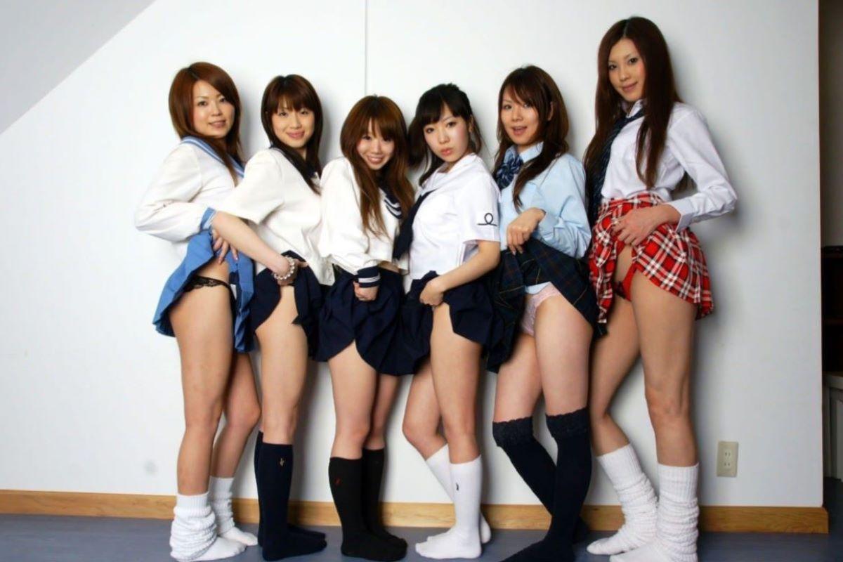 制服JK スカートめくり 画像 24