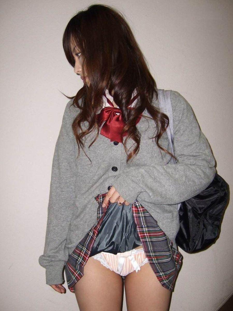 制服JK スカートめくり 画像 44