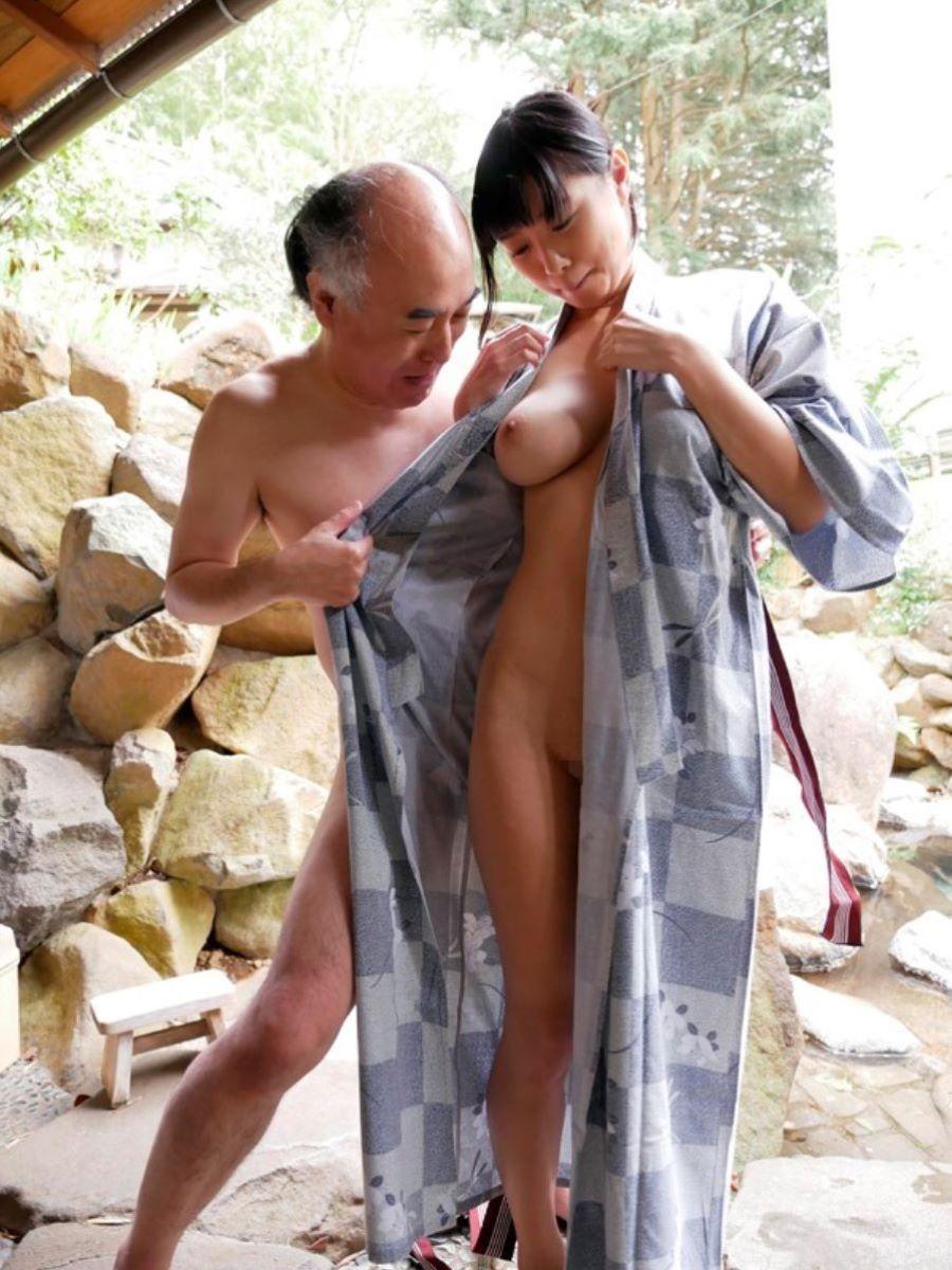 桐谷まつり エロ画像 49