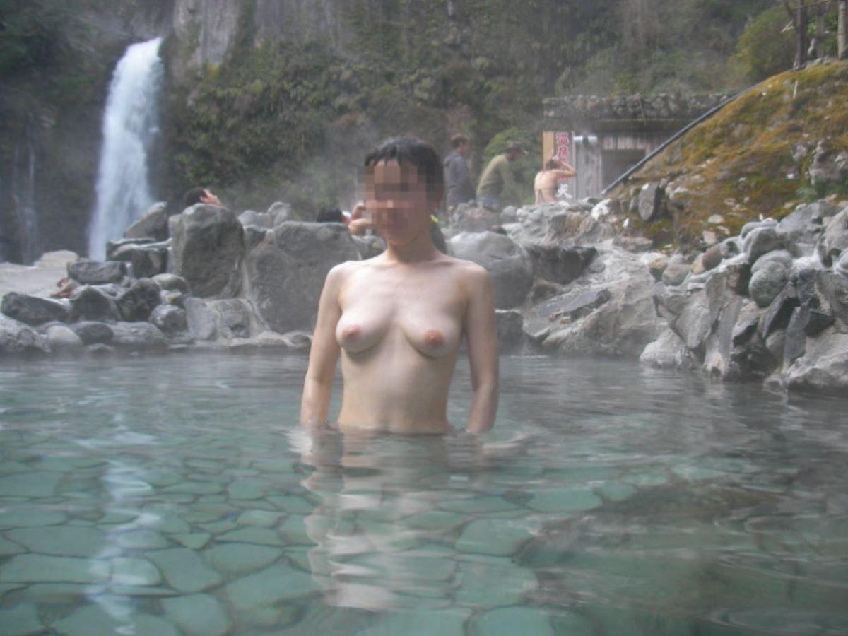 温泉旅行 素人ヌード画像 65