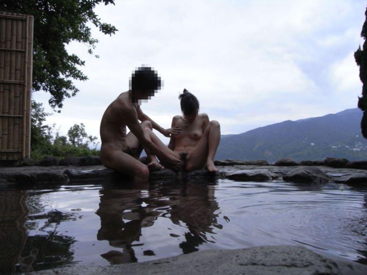 混浴露天風呂 エロ画像 74