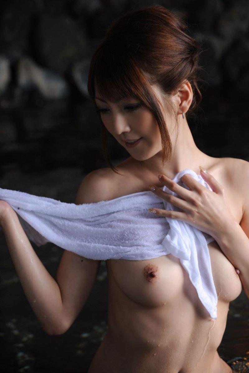 温泉 ヌード画像 130