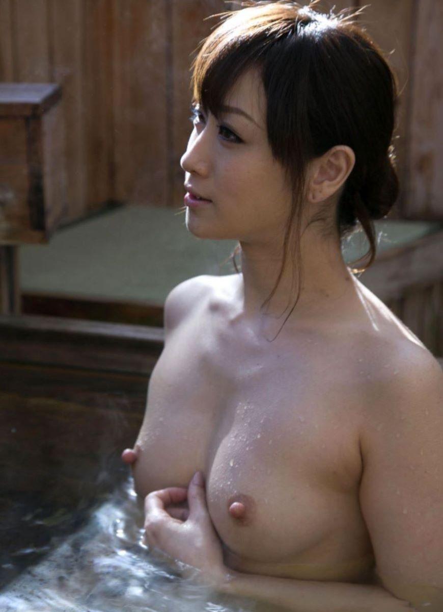 温泉 ヌード画像 134