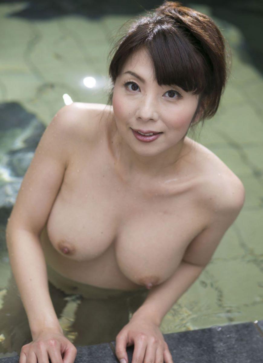 温泉 ヌード画像 141