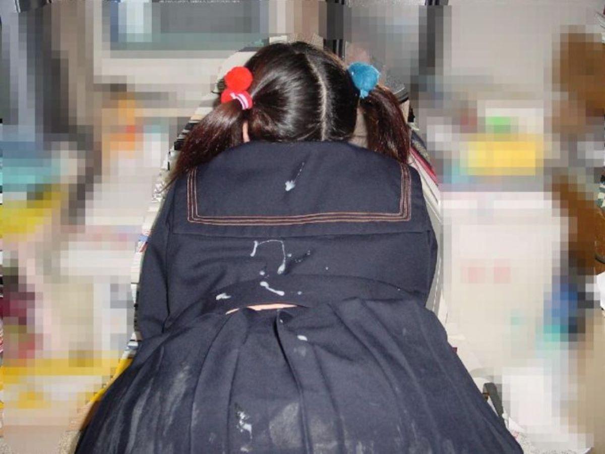 制服JK ぶっかけ画像 93