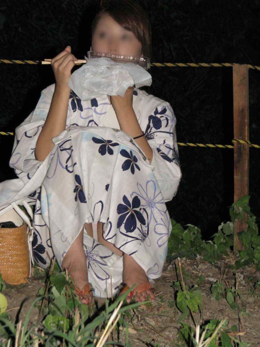 素人 浴衣 パンチラ画像 6