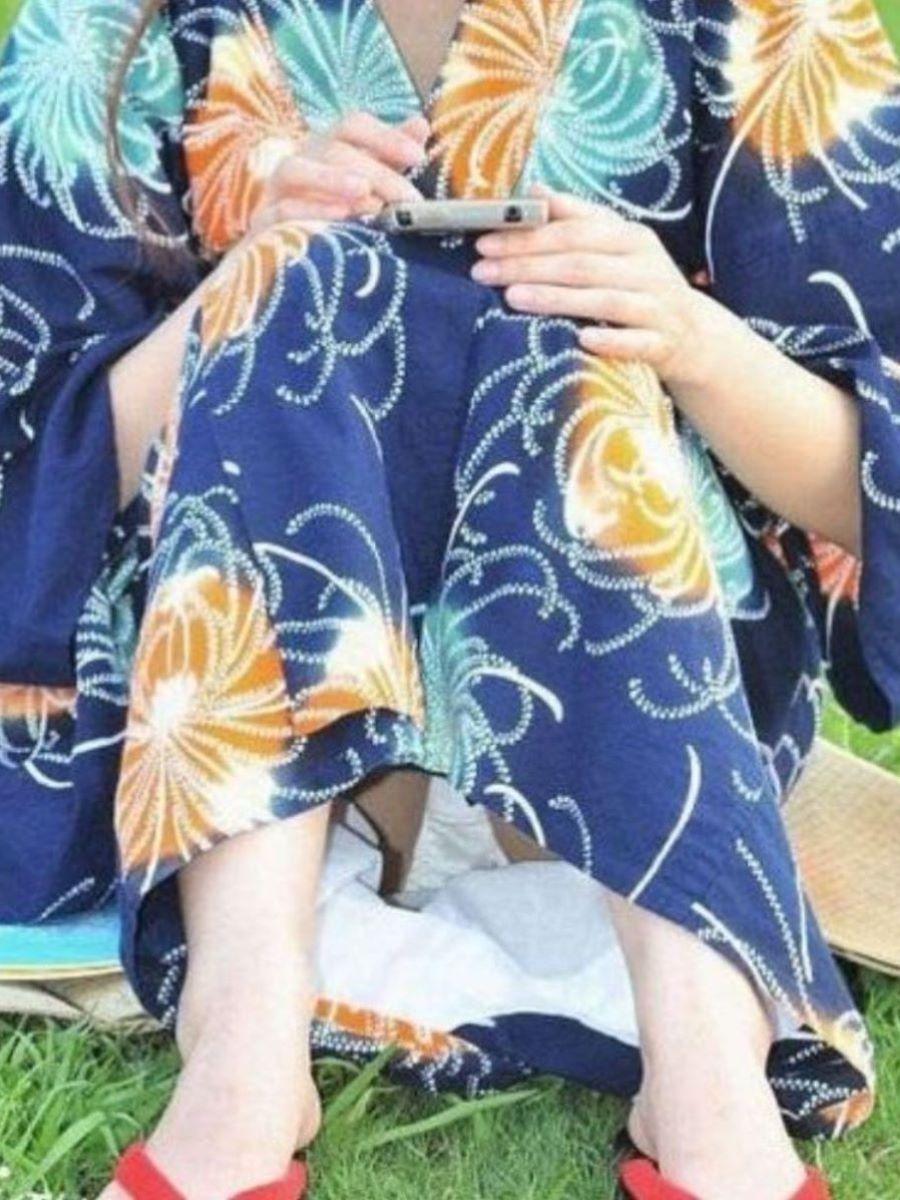 素人 浴衣 パンチラ画像 23