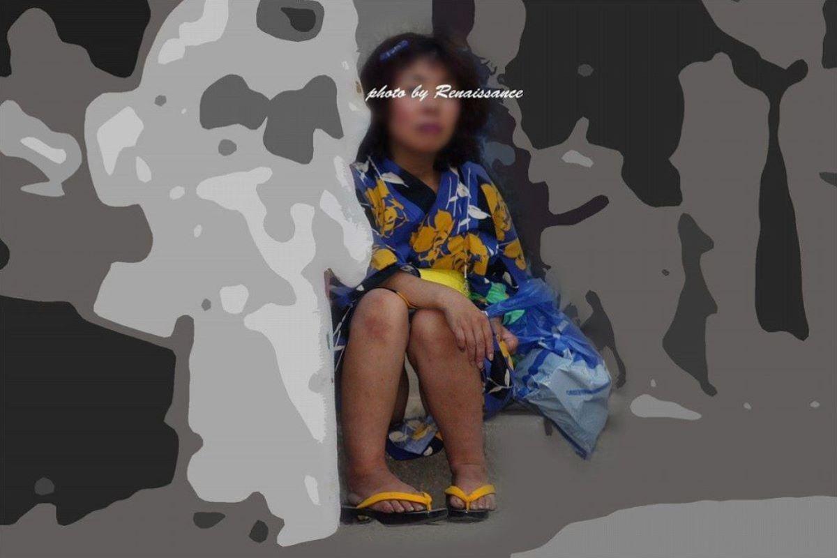 素人 浴衣 パンチラ画像 29