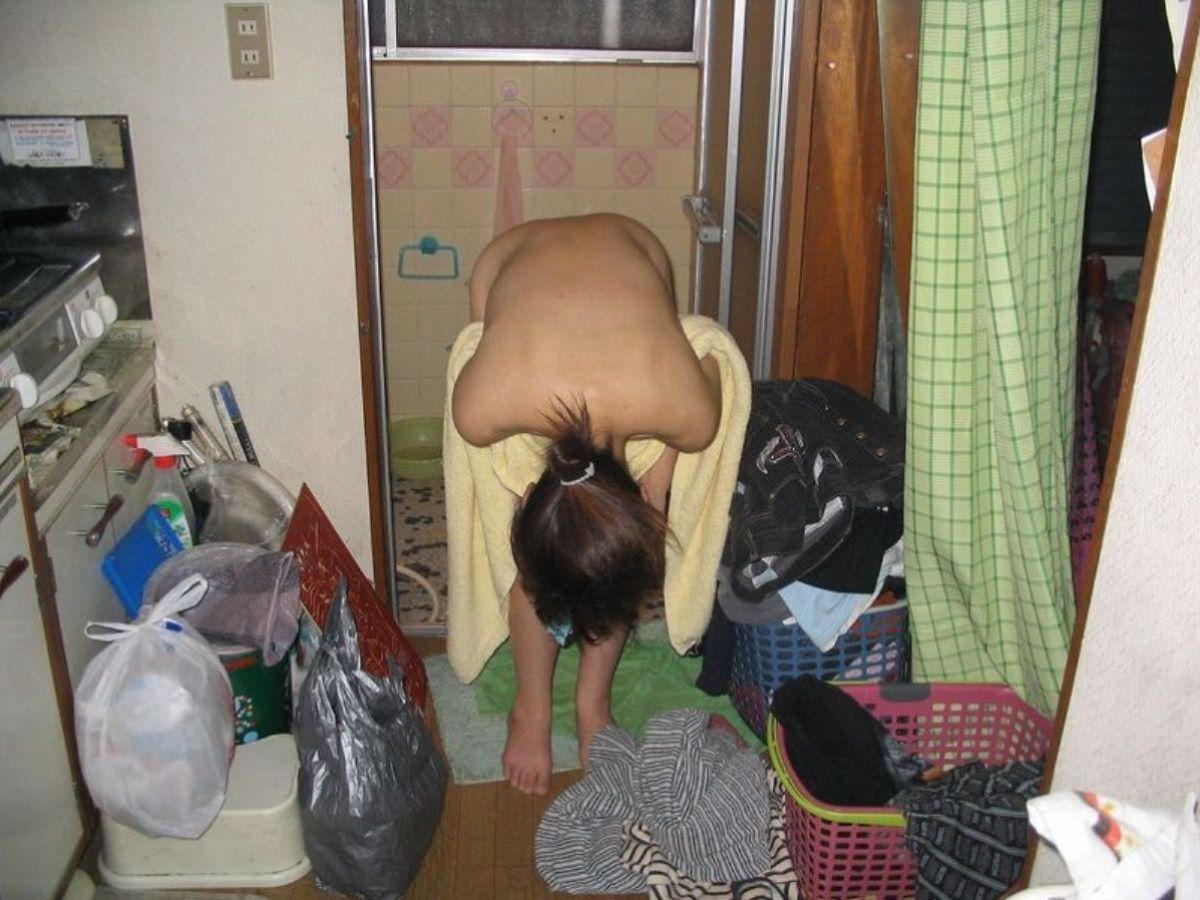 お風呂上がり 家庭内 エロ画像 1