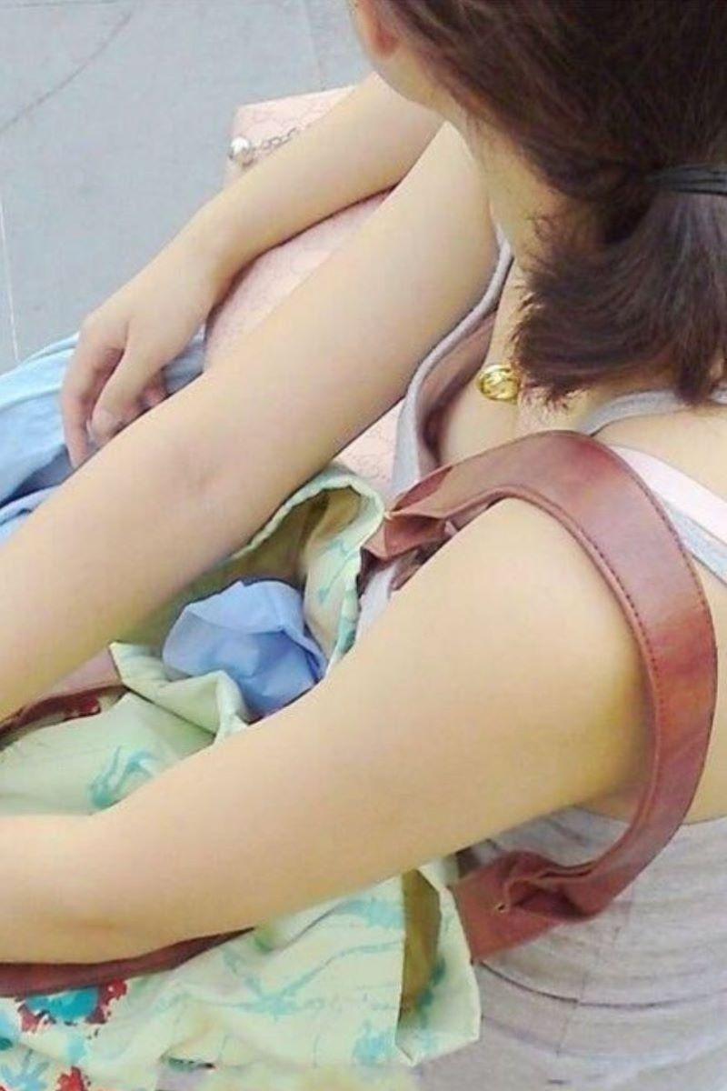 貧乳 素人 胸チラ画像 104
