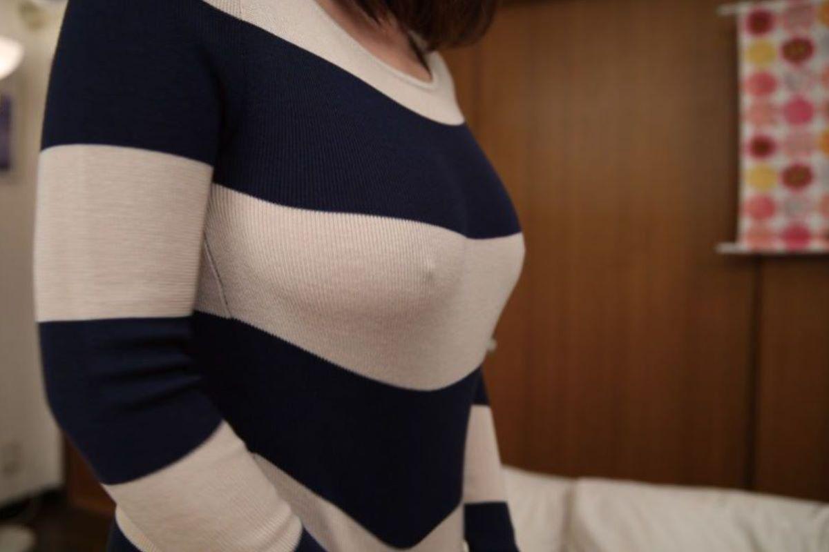 素人 胸ポチ 画像 173