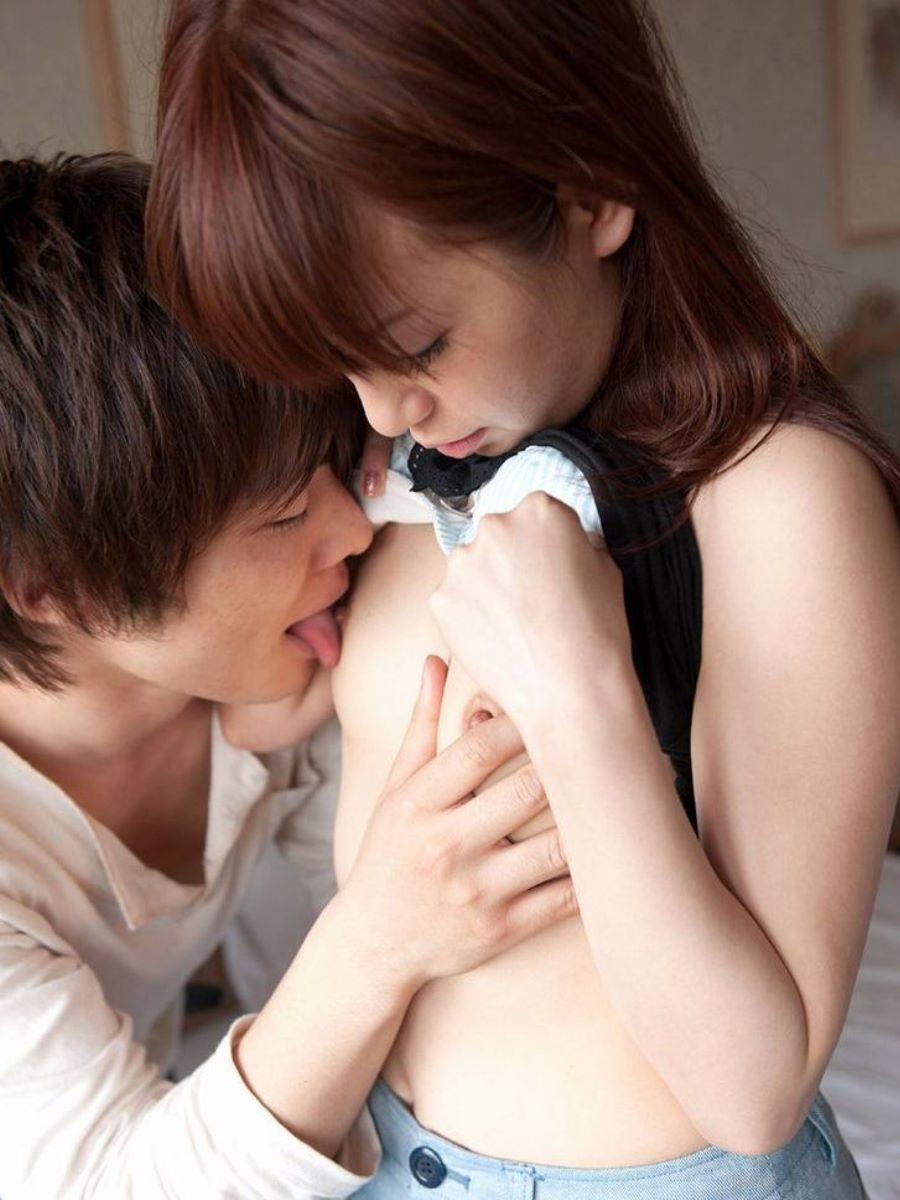 乳首 舐め 吸い 画像 29