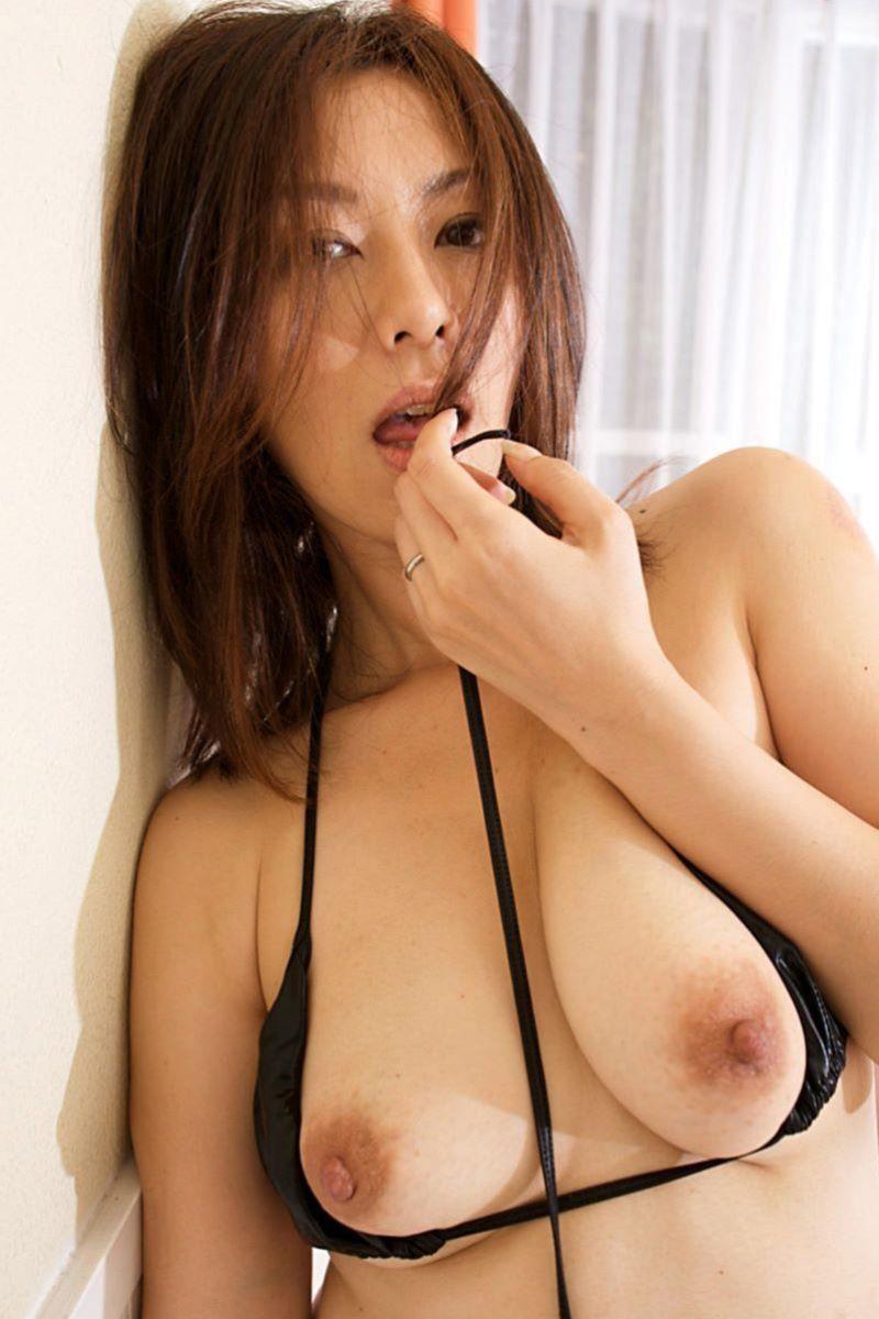 熟女 黒乳首 画像 47
