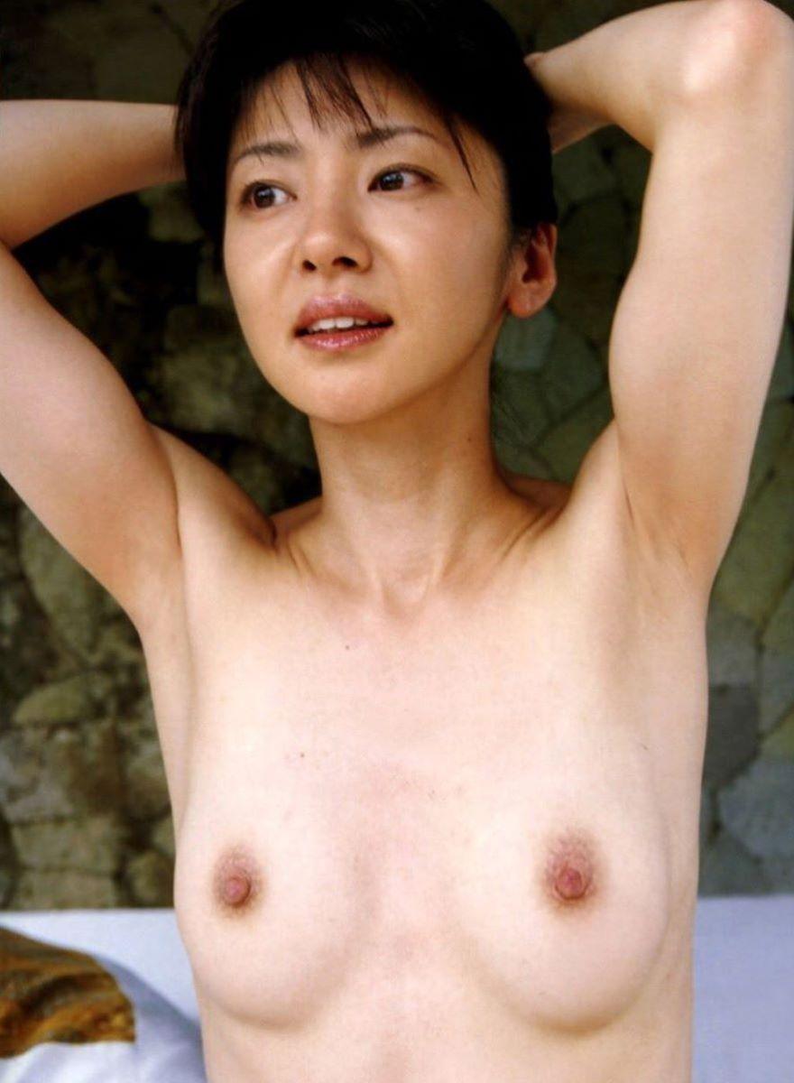 熟女 黒乳首 画像 91