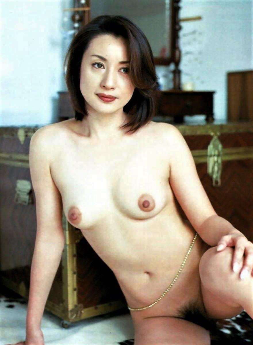 熟女 黒乳首 画像 93