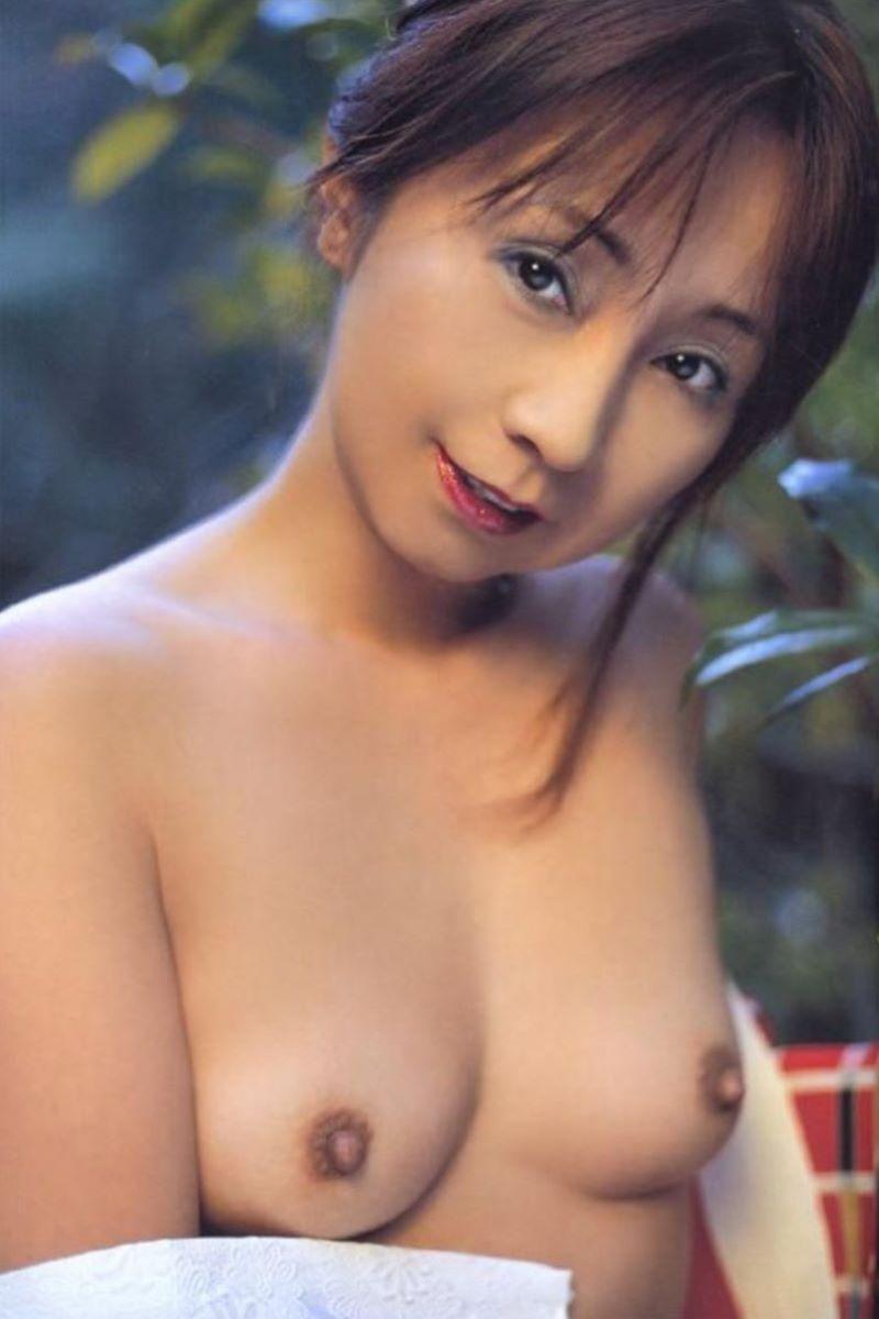熟女 黒乳首 画像 141