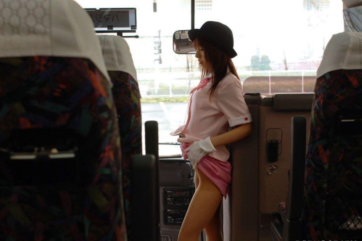 バスガイド エロ画像 62