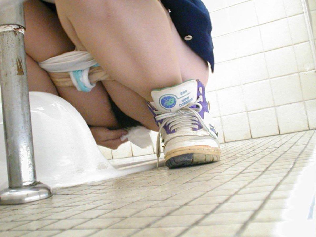 トイレ盗撮 画像 28