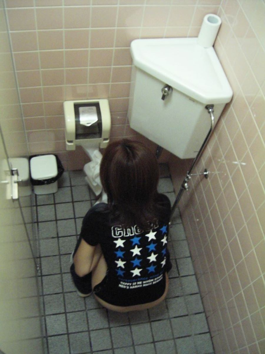 トイレ盗撮 画像 36