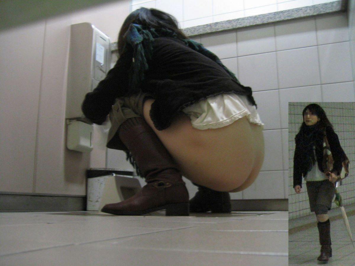 トイレ盗撮 画像 42