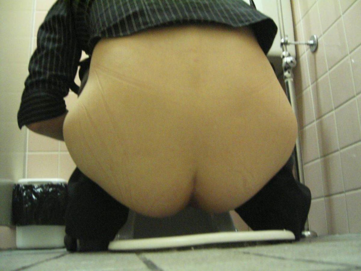 トイレ盗撮 画像 55