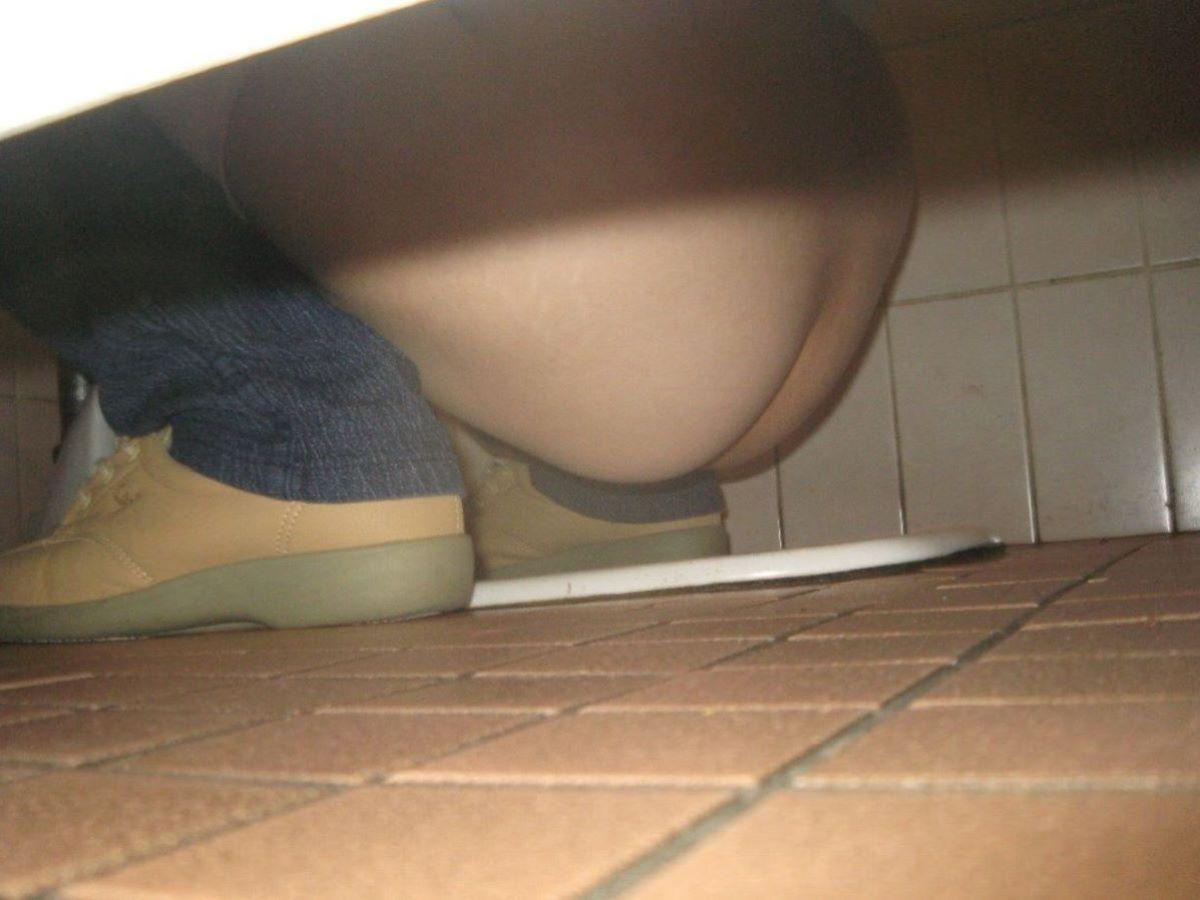 トイレ盗撮 画像 72