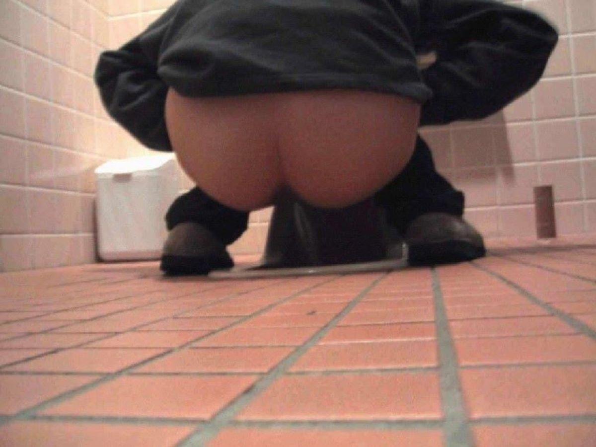 トイレ盗撮 画像 78