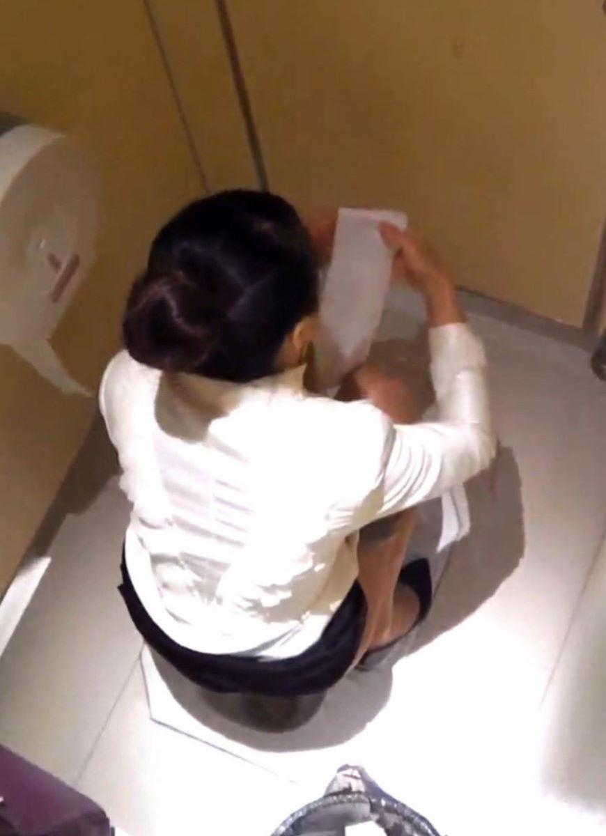 トイレ盗撮 画像 183