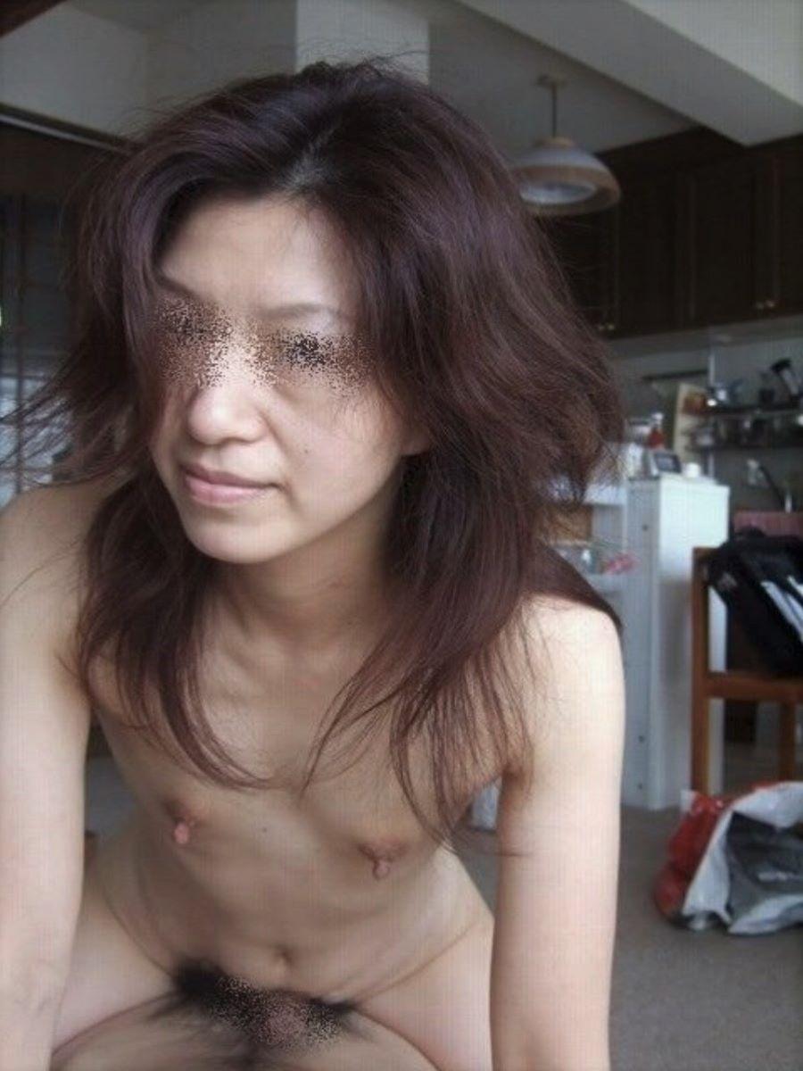 素人 貧乳熟女 エロ画像 27