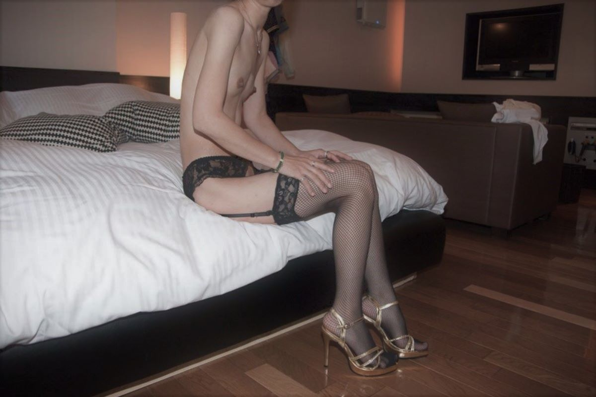 素人 貧乳熟女 エロ画像 34