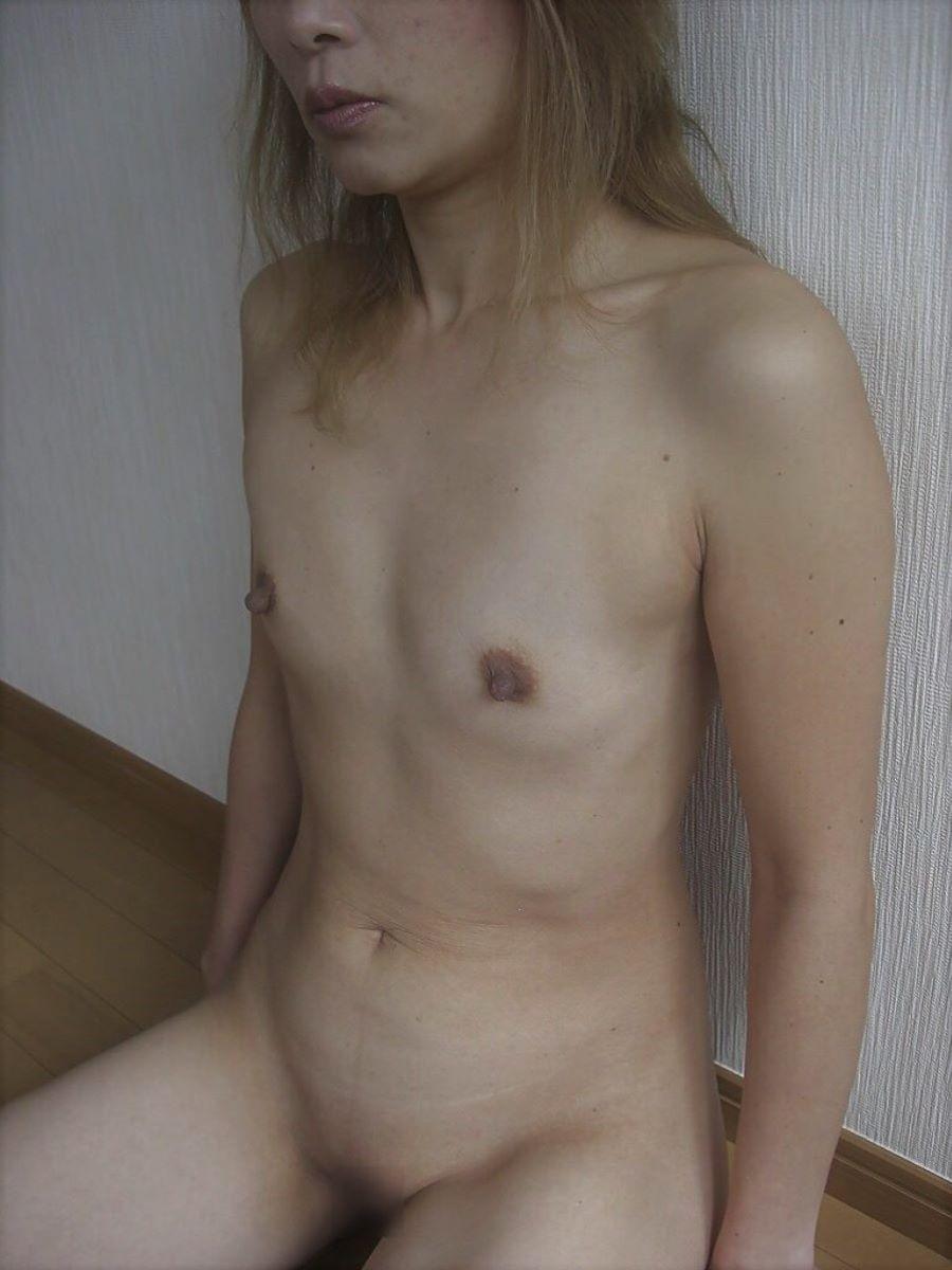 素人 貧乳熟女 エロ画像 36